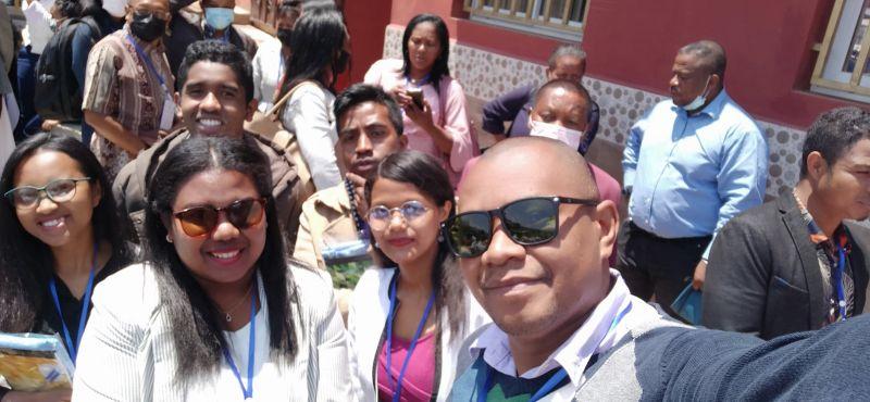 Jeunes Chercheurs du Fofifa tracabilité Identification électronique des bovins à Madagascar